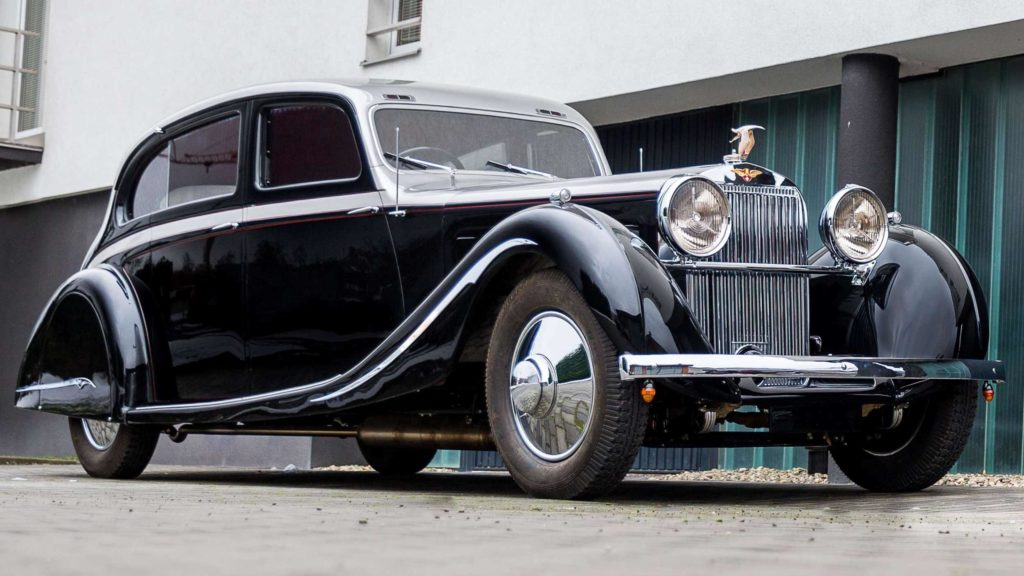 View of the most desirable Hispano Suiza J12 in the world, Photo Credit: https://www.artcurial.com/en/lot-1937-hispano-suiza-j12-gurney-nutting-3279-28